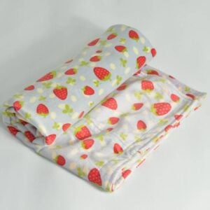 itti bitti Blanket Strawberry with Strawberry Contrast